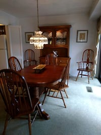 rectangular solid oak with two leaves & 7 chairs  32 km