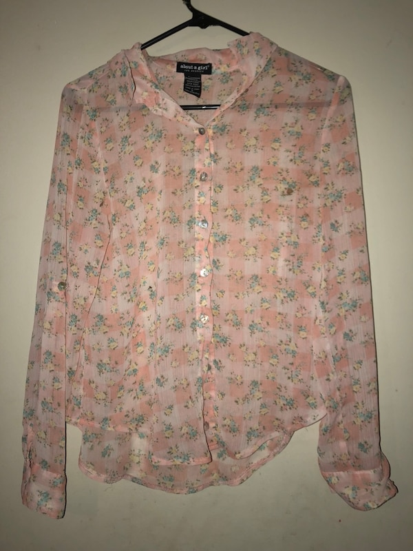 Used pink blouse button up flower pattern small for sale in dallas pink blouse button up flower pattern small mightylinksfo