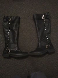 Black leather motorcycle boots Wichita, 67204