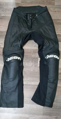 Icon Overlord Pants - Size 32  Richmond Hill, L4C 4G9