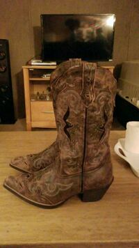 brown leather cowboy boots with box Gary, 46403