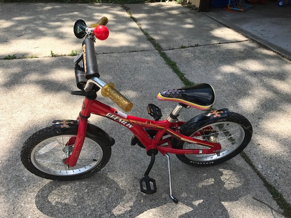 14a5dca9ff5 Used Schwinn Red Gremlin 16 in Bike for sale in Downers Grove - letgo