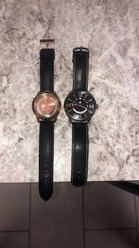 Round silver analog watch with black leather strap Silver Spring, 20903