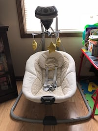 Graco baby sway swing,very gently used,only used a few times.smoke free pet free home,less than a year old.this can be battery operated or plugged in.has different vibration settings,plays sounds and lullabies and 6 levels of speed for the swing. Fort Wayne