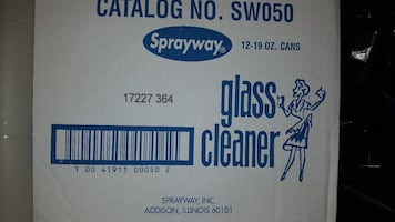 12 bottles of Sprayway Glass cleaner