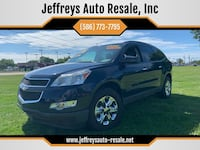 Chevrolet-Traverse-2011 Clinton Township