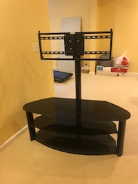 Entertainment stand with TV mount! Carmel, 46032