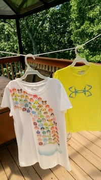 white and yellow crew-neck t-shirts Soddy-Daisy, 37379