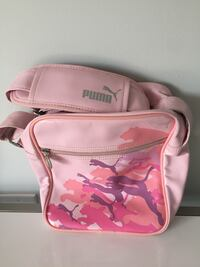 pink and white Coach leather crossbody bag Vaughan, L6A 0E6