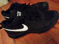 black-and-white Nike athletic shoes
