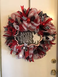 Santa Clause is Coming to Town Wreath  Bakersfield, 93301