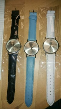 three round silver analog watches Montreal, H8T