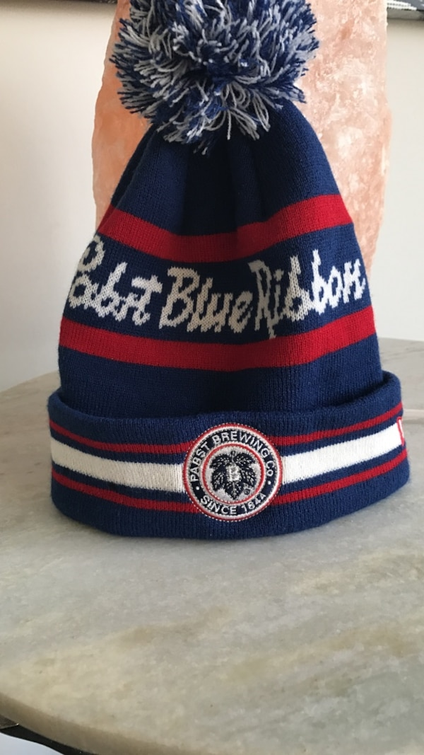 Used Pabst Blue Ribbon knit toque for sale in Vancouver - letgo a4a30ba7824
