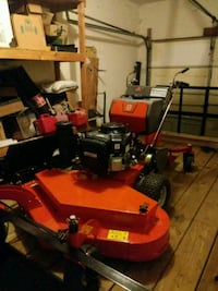 red and black zero turn mower Antioch, 37013
