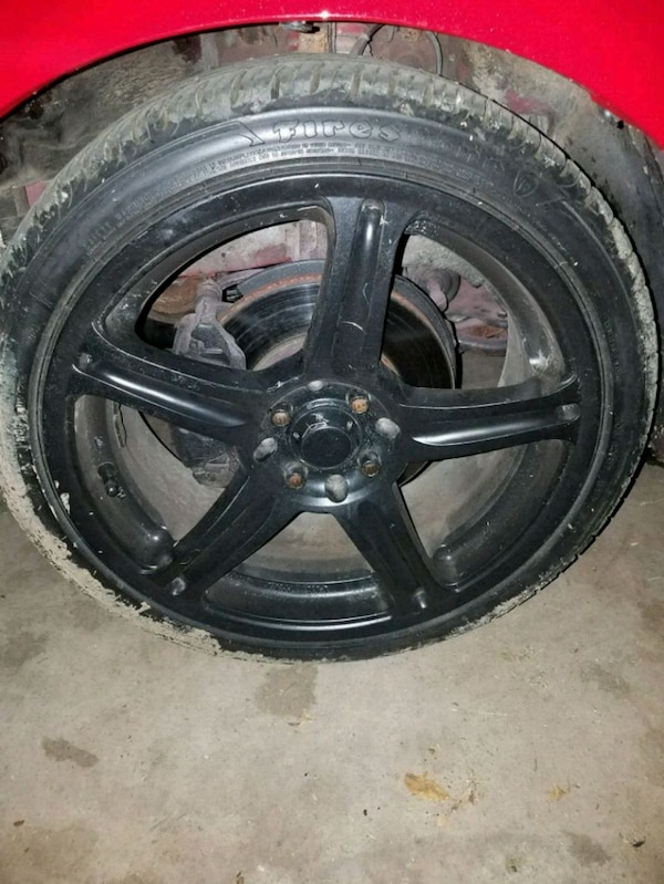 Used Tires Des Moines >> Multi Lug 17 In Rims With New Tires