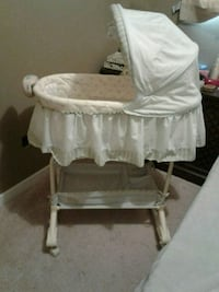 baby's white bassinet Calgary, T2A 5T3