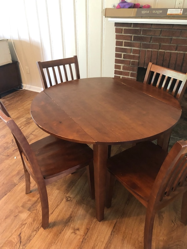 Solid Wood Round Kitchen Table With Drop Sides And