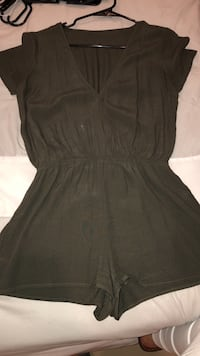 Olive green romper. Size Small   McAllen, 78503