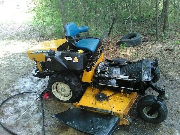 Used Yellow And Black Zero Turn Riding Lawn Mower For Sale