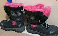 pair of black-and-pink floral boots . loo like new Brampton, L7A 2M4