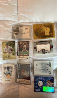 21 certified autographed baseball cards
