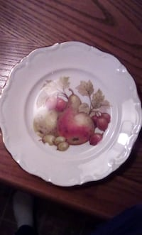 round white and pink floral ceramic plate Ottawa, K1K 4G5
