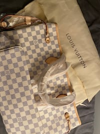 Neverfull PM damier LV. No negotiation/ retail price 320  Toronto, M3A 2G4