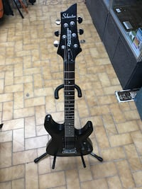 black and white electric guitar 793 km