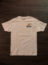 White crew-neck t-shirt Pasadena, 91107