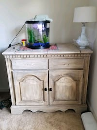 Buffet table lightly used Charlotte, 28273