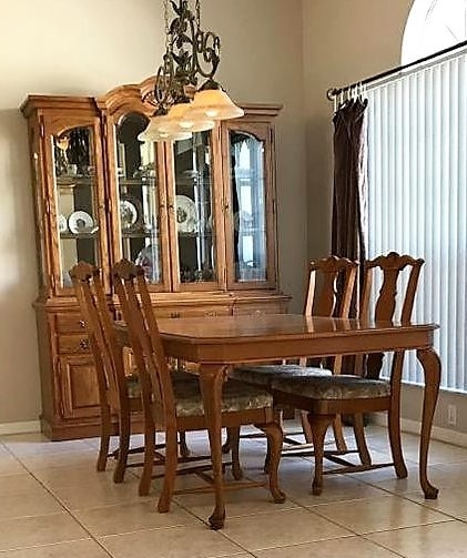 Beau Dining Room Table, Chairs, Buffet U0026 Hutch Set