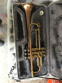 black and gray clarinet with case Spring, 77380