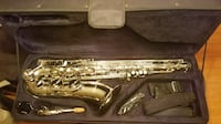 Like New Mendini Tenor Saxophone!
