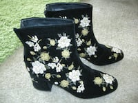 Size 7 women's boots - as new COLUMBIA