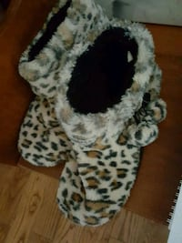 white and black leopard print fur-line boots Chesley, N0G
