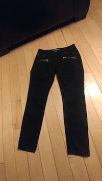 Ladies Kenneth Cole Reaction Jeans
