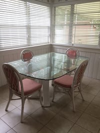 Table with chairs Ormond Beach, 32174