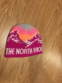 The North Face toque (never used/worn)