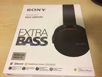 Sony Wireless Headphones w case and charger Edmonton, T5T 1L9
