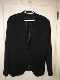 black notch lapel suit jacket Victoria, V8P 2Z5