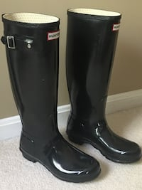 Hunter tall rain boots; size 8 Fairfax Station, 22039