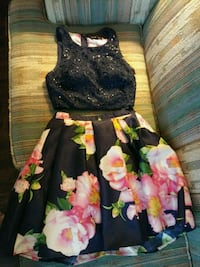 Dark Bkue  and pink floral sleeveless dress Lubbock, 79423