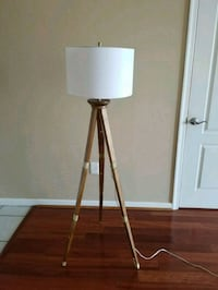 Tripod Lamp Miami, 33131