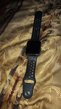 Black Apple watch series 1 Washington, 20019