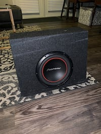 10inch Pioneer subwoofer in box Cantonment, 32534