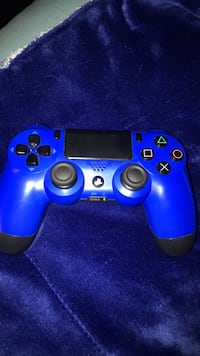 Ps4 controller New Britain, 06052