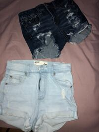 both size 00 in great condition but only selling the dark blue american eagle 10$  Ewa Gentry, 96706