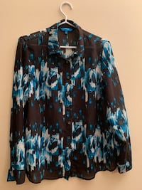Designer dress shirt (Medium) Toronto, M5G 2K2