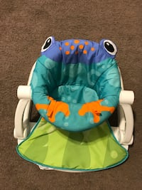 Baby sitting chair and baby toy 科利吉斯德辛, 77840