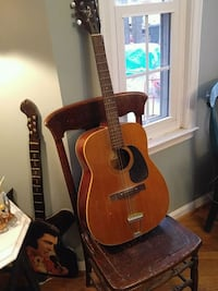 brown and black acoustic guitar Huntingtown, 20639